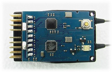Inside the 9-channel WFly receiver